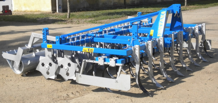 SERIES THE KID modular triple purpose combined machine for fast working of the land